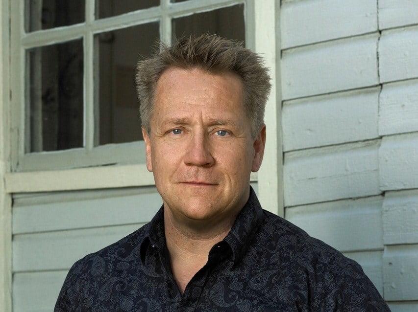 Yön Olli Lindholm tulossa konsertoimaan Tyrvään kirkkoon - Alueviesti