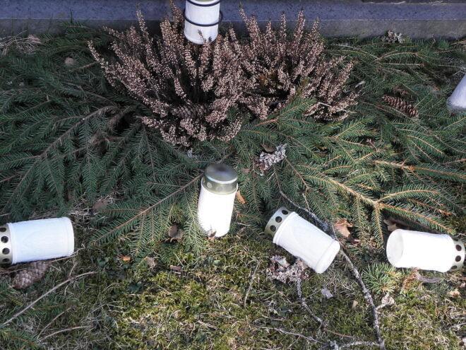 Sastamalan hautausmaat siistiytyvät lauantaina partiolaisten toimesta.  Kuva  Sastamalan seurakunta. bec02e35a0
