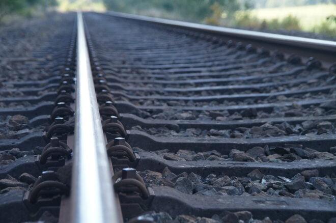 Rautatie, junarata, kiskot